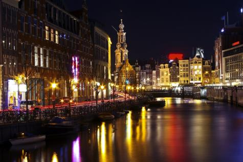 singles in amsterdam Amsterdam lesbians at pinkcupidcom join for free and meet hundreds of  lesbian singles in amsterdam and surrounding areas.