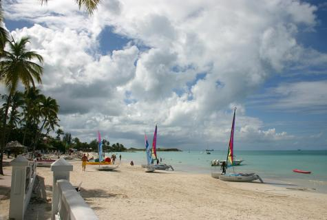 Antigua and Barbuda Sailing Holiday