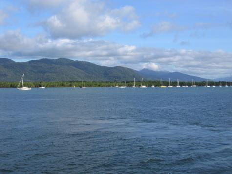 Cairns Sailing Holiday